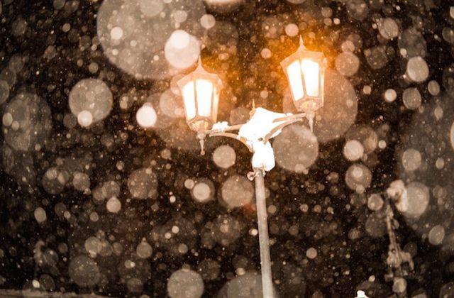 雪の銀山温泉 幻想的