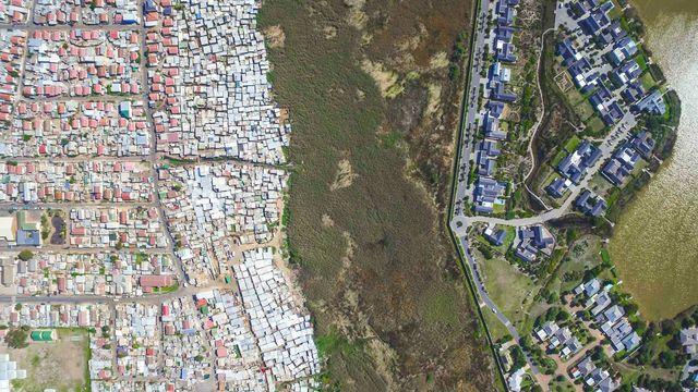 上空から見える 暮らしの格差 アフリカ
