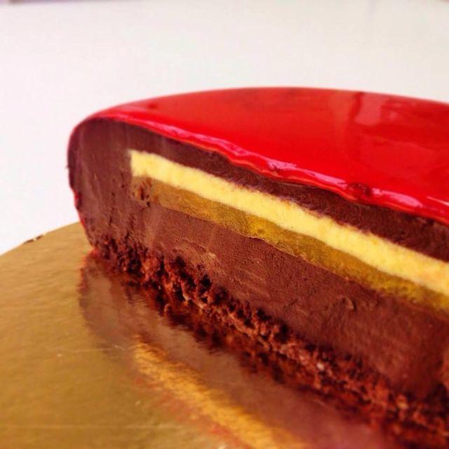 「鏡のムースケーキ」断面